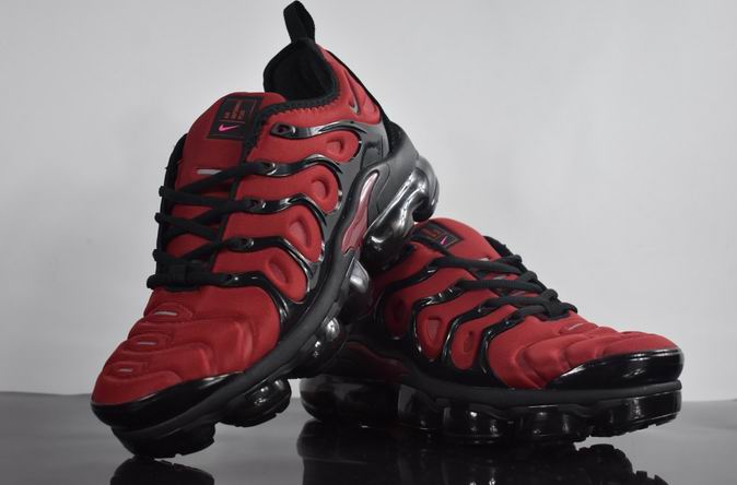 men NIKE AIR VAPORMAX PLUS 2018-029
