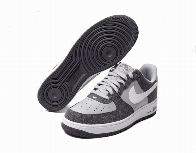 men air force one low 2016-3-29-024
