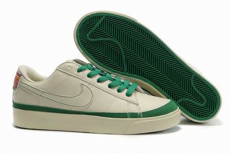 women Low Top Nike Blazers-003