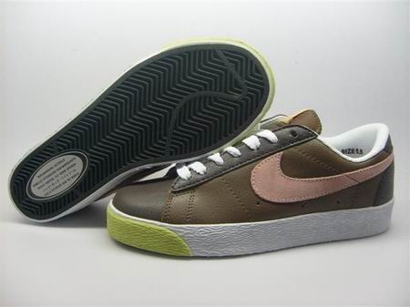 women Low Top Nike Blazers-013