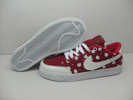 women Low Top Nike Blazers-022