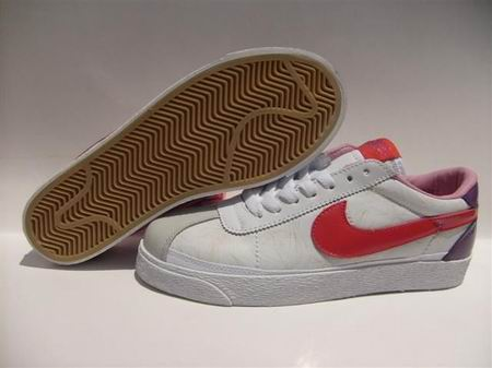 women Low Top Nike Blazers-026